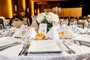 Table 28 Wedding Flower Centerpiece