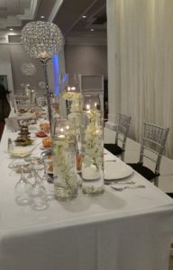 Wedding Center Pieces Glass Vases Candles 01