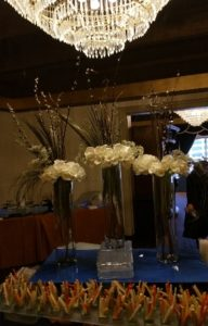 Wedding Center Pieces Flowers Glass Vases 01