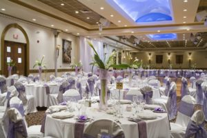 Wedding Center Pieces - Wedding Flowers - Wedding Candelabras - Wedding Chair Wraps - Wedding Table Cloths 01